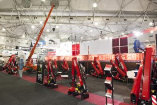 600 Cranes Australasia at the Brisbane Truck Show